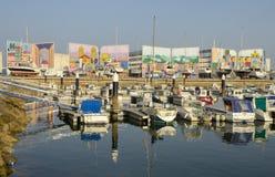 Puerto deportivo colorido foto de archivo libre de regalías