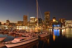 Puerto deportivo de Baltimore en la noche Fotografía de archivo libre de regalías