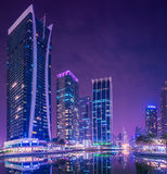 Puerto deportivo de Dubai y JLT Fotos de archivo