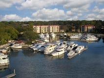 Puerto deportivo de Hilton Head Island cerca del faro, tan Imagen de archivo libre de regalías