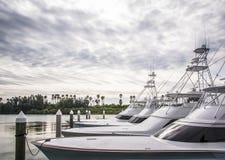 Puerto deportivo de los barcos de la pesca deportiva Fotografía de archivo libre de regalías