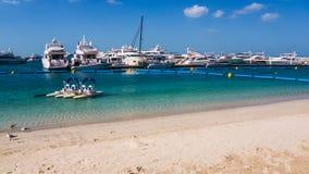 Puerto deportivo en Dubai Imagen de archivo libre de regalías