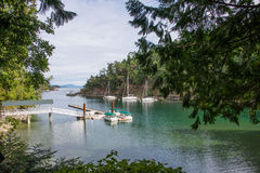 Puerto deportivo en el puerto ocultado, Victoria, Canadá Imágenes de archivo libres de regalías