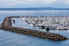 Puerto deportivo en Elliott Bay fotos de archivo