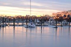 Puerto deportivo en la salida del sol Foto de archivo libre de regalías