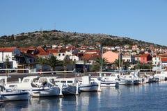 Puerto deportivo en Murter, Croatia imágenes de archivo libres de regalías