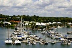Puerto deportivo que navega Fotos de archivo