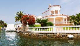 Puerto deportivo residencial Empuriabrava, España Foto de archivo libre de regalías