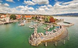 Puerto en el lago de Constanza en Lindau, Baviera, Alemania Imagen de archivo libre de regalías