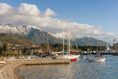 Puerto en la ciudad de Tivat montenegro Foto de archivo