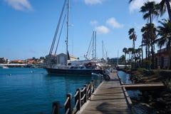 Puerto en Oranjestad, Aruba imagen de archivo libre de regalías