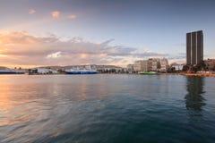 Puerto en Pireo, Atenas, Grecia Imágenes de archivo libres de regalías