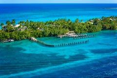 Puerto en una isla de Bahamas Fotos de archivo libres de regalías