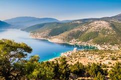 Puerto Fiskardo en la isla de Kefalonia, Grecia Imágenes de archivo libres de regalías