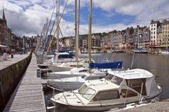 Puerto francés en Honfleur Fotos de archivo