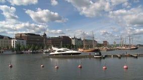 Puerto Helsinki céntrica Finlandia metrajes