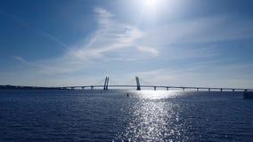 Puerto iluminado por el sol de Sevkabel en St Petersburg Fotografía de archivo