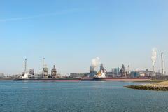 Puerto industrial del mar Fotografía de archivo