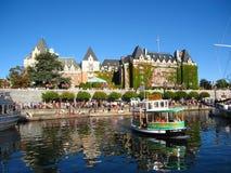 Puerto interno en Victoria el la tarde del verano, Columbia Británica imagenes de archivo