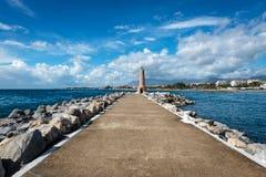 Puerto Jose Banus fyr i Marbella, Spanien arkivfoto