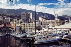Puerto lujoso en el corazón de Mónaco Imágenes de archivo libres de regalías