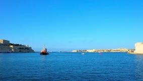 Puerto magnífico de La Valeta, Malta almacen de metraje de vídeo