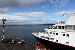 Puerto marítimo de Punta Arenas en Chile Fotos de archivo