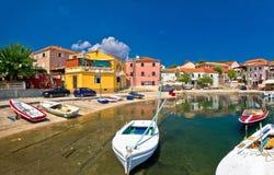 Puerto mediterráneo viejo en el pueblo de Sali Fotos de archivo libres de regalías