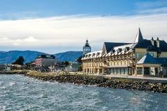 Puerto Natales på kanalen av Magellan royaltyfri fotografi