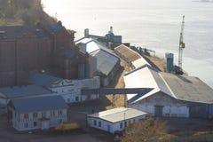 Puerto o una fábrica Fotos de archivo libres de regalías