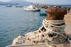 Puerto pesquero con los barcos Imagen de archivo