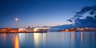 Puerto Pireo, Atenas del pasajero. Fotos de archivo libres de regalías