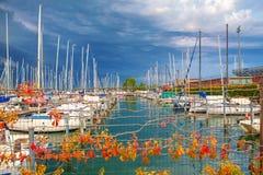 Puerto por completo de yates Foto de archivo libre de regalías