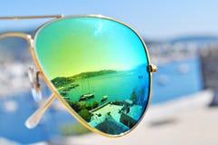 Puerto que refleja en gafas de sol Fotos de archivo