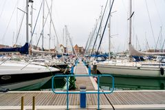 Puerto soberano en Eastbourne, Sussex del este, Reino Unido fotografía de archivo