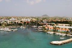 Puerto tropical en Aruba Fotos de archivo