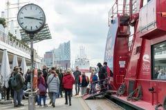 Puerto turístico de Hamburgo imagen de archivo libre de regalías