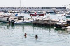 Puerto urbano de ciudad de Giardini Naxos Imágenes de archivo libres de regalías