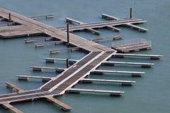 Puerto vacío del puerto deportivo Fotos de archivo