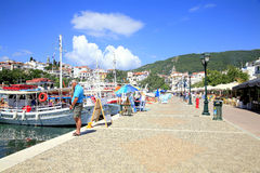 Puerto viejo, ciudad de Skiathos, Grecia Fotos de archivo