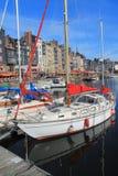Puerto viejo de Honfleur, Francia Imagen de archivo libre de regalías