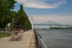 Puerto viejo Montreal Canadá de la torre de reloj imágenes de archivo libres de regalías
