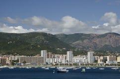 Puerto y montañas de Ajacio Imagen de archivo libre de regalías