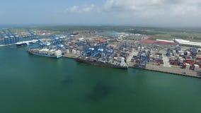 Puertos de dos puntos de Panamá metrajes