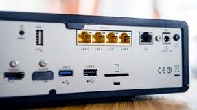 Puertos múltiples para la conexión detrás de la caja de la TV Fotografía de archivo libre de regalías