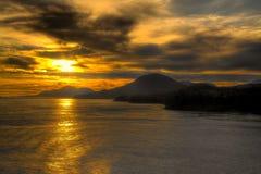 Puesta del sol Alaska de HDR dentro del paso Fotografía de archivo