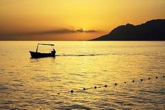 Puesta del sol amarilla Croacia Imagenes de archivo