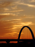 Puesta del sol anaranjada profunda impresionante Imagen de archivo