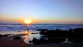 Puesta del sol Apúlia Portugal fotografía de archivo libre de regalías