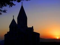 PUESTA DEL SOL ARMENIA DE LA IGLESIA Imagen de archivo libre de regalías